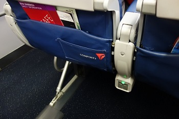 【デルタ航空】 プレミアムエコノミーへのアップグレードに成功