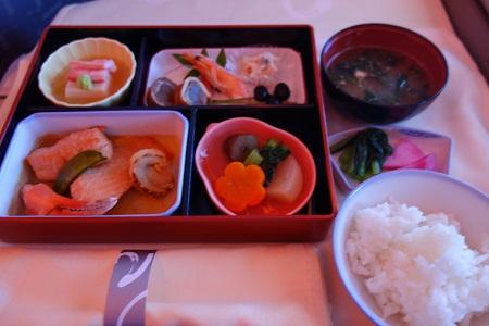 チャイナエアラインビジネスの機内食