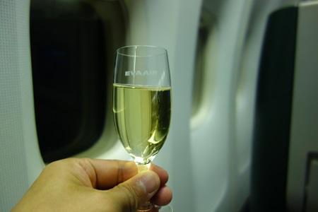 機内でシャンパン