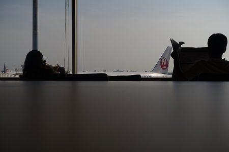 羽田空港POWER LOUNGEを体験  カードラウンジ最強か?