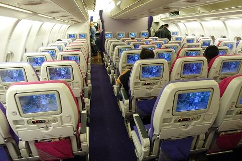 タイ航空エコノミー機内
