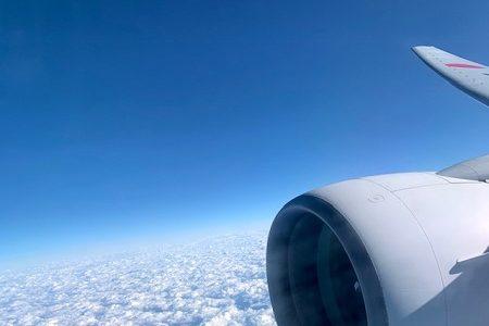 移動手段ではなく趣味としての飛行機。安い航空券を探す日々。