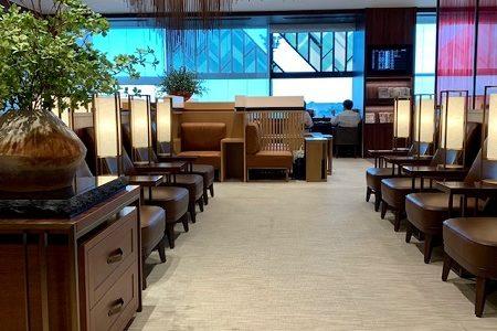 リニューアルされた伊丹空港のJALダイヤモンドラウンジはこんなところ。席数は1.5倍に!